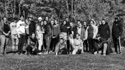 Photo des jeunes du comité 12-18 dehors